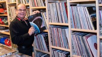 Eine Sammlung, so gross wie ein Laden: In einem Keller unter der Aeschenvorstadt lagert Jean-Claude Gürtler 100'000 Schallplatten, CDs, DVDs und Videos.