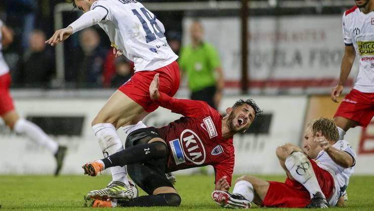 Dass Chiasso wehtun kann, haben die Aarauer (in der Mitte Petar Misic) in dieser Saison bei der Heimpleite am 5. Spieltag erfahren müssen.