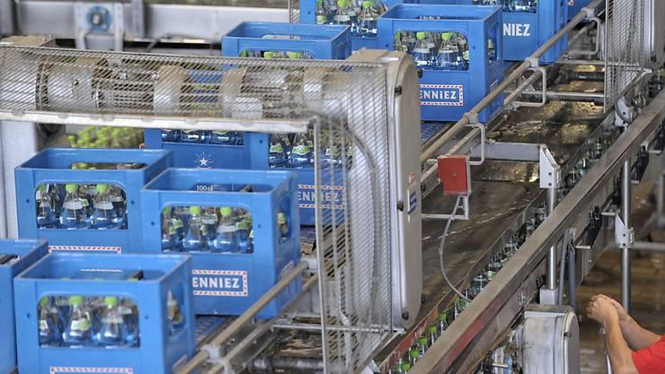 Nestlé Waters investiert an seinem Standort Henniez VD 25 Millionen Franken. (Archivbild)