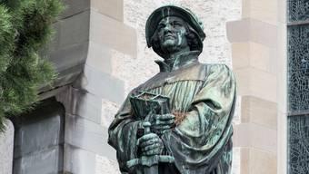 Es gibt viele Denkmäler in Zürich. Hier: Das Denkmal zu Ehren des Reformators Huldrych Zwingli in Zürich. (Symbolbild)