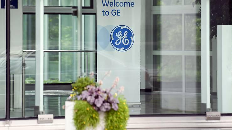Im aargauischen Birr werden am ehemaligen Alstom-Werk vom neuen Besitzer GE weitere 99 Stellen abgebaut. (Archiv)