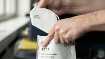 Besonders gefährdete Lehrpersonen sollen im Kanton Schaffhausen neu FFP2-Masken tragen.
