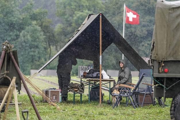 So manches Zelt bot ein wenig Schutz.