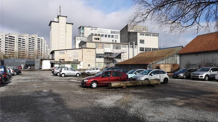 Das neue KIFF kommt auf den heutigen provisorischen Parkplatz zu stehen.uhg