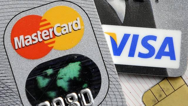 Karten zweier grosser Kreditunternehmen