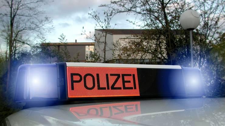 Die Polizei sucht Zeugen. (Symbolbild).