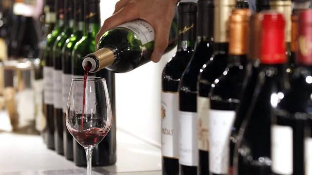 Wein-Raritäten aus dem ganzen Kanton Solothurn werden am Weinfestival in der Landi gezeigt. (Symbolbild/Archiv)