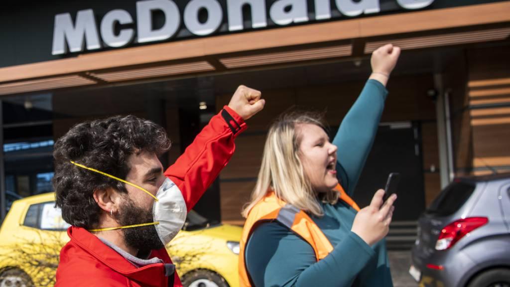 Unia prangert «inakzeptable Bedingungen» bei McDonald's an
