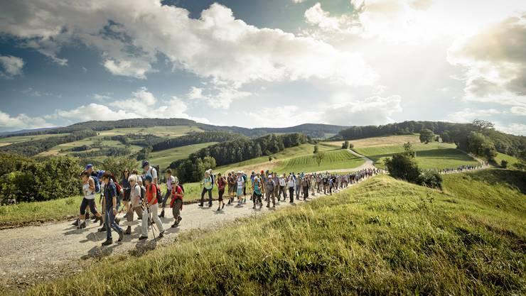 Wandern in grossen Gruppen wie mit Lesern hier 2019 ist diesen Sommer nicht möglich.
