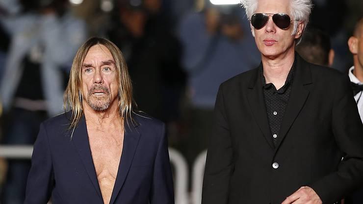 Iggy Pop (l) und Regisseur Jim Jarmusch in der Nacht auf Freitag in Cannes.