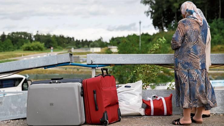 Vorläufig aufgenommene Personen, die ins Ausland reisen, sollen das Recht verlieren, in der Schweiz zu leben.