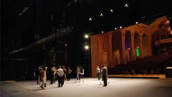 Die neue Bühne im Grossen Saal des Goetheanums, mit Blick in den Zuschauerraum.