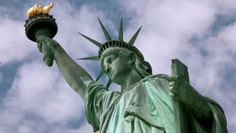 Die Freiheitsstatue in New York wartet auf Touristen - kommen sie schon bald?