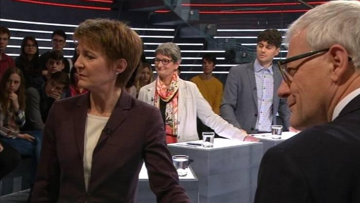 Bundesrätin Simonetta Sommaruga und FDP-Nationalrat Kurt Fluri (vorne) kämpften gegen, SP-Nationalrätin Ursula Schneider Schüttel und Luzian Franzini (Junge Grüne, hinten) für die Initiative.