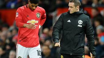Wegen einer Rückenverletzung droht Manchester Uniteds Stürmer Marcus Rashford das Saisonende
