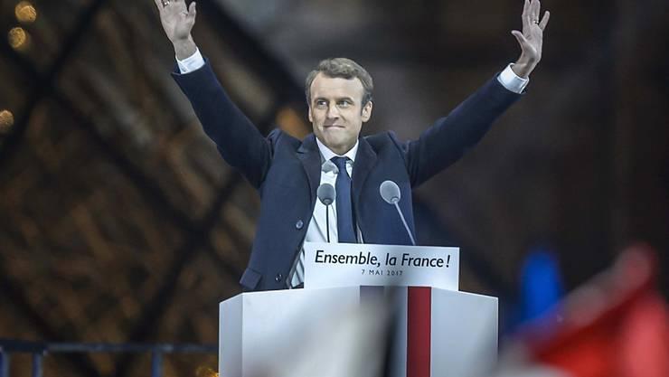 Emanuel Macron jubelt als neuer Präsident Frankreichs - Wirtschafts- und Finanzkreise sind erleichtert über einen Unsicherheitsfaktor weniger.
