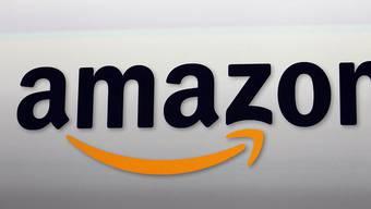 Beim Online-Handelsriesen Amazon laufen die Geschäfte prächtig. (Archivbild)