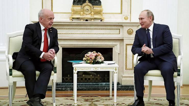 «Ich verstehe mich gut mit Wladimir Putin»: Bundespräsident Ueli Maurer im Kreml. Bild: Kremlin Pool/EPA