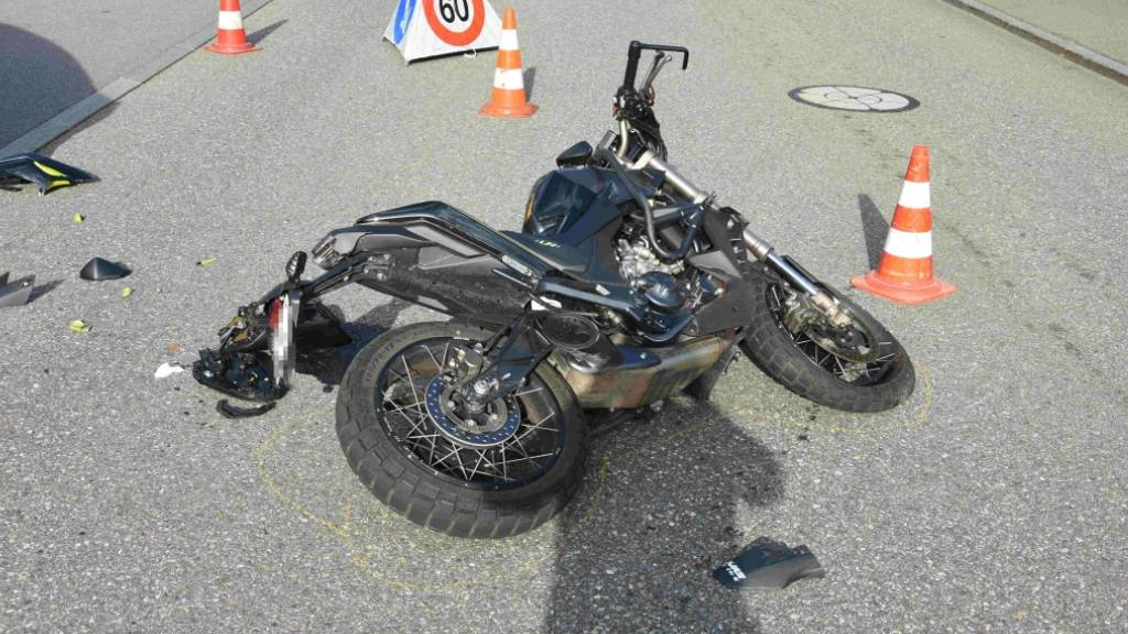 16-Jähriger Motorradfahrer in Amden bei Unfall verletzt