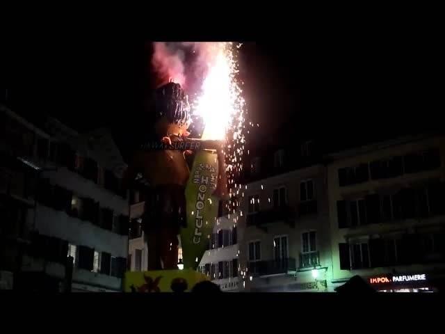 Böögg-Verbrennen in Solothurn - der «Hawaii-Surfer» brannte 7,5 Minuten