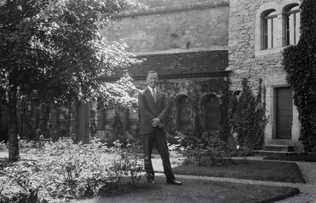 Nach seinem Tod 1951 ging das Anwesen für 5 Jahre in den Besitz seiner Frau Marie Luise Ellsworth-Ulmer.