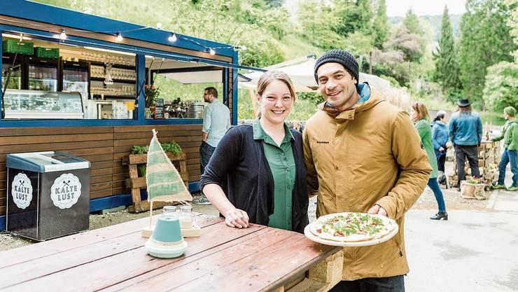 Baden, 4. März: Die «Kajüte»-Betreiber Fabienne und Earl-Jae Tanoa haben viel in das Café an der Limmat investiert – jetzt schreibt die Stadt Baden den Betrieb öffentlich aus.