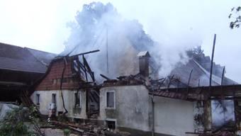 Grossbrand zerstört Scheune in Reigoldwil