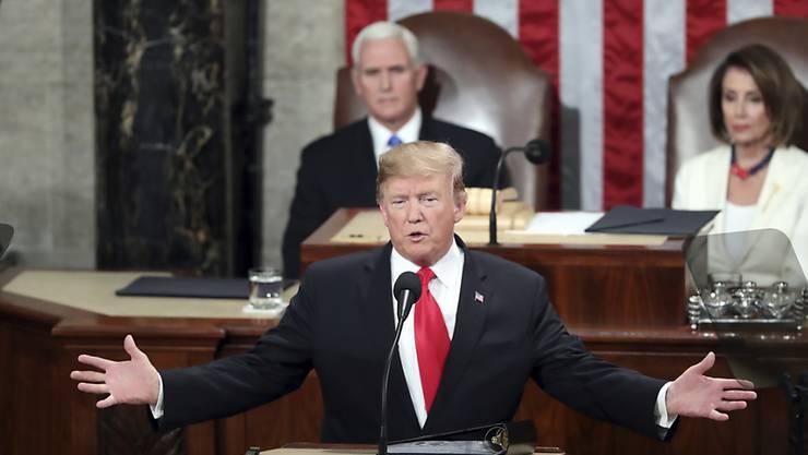 US-Präsident Donald Trump forderte in einer emotionalen Rede zur Lage der Nation die grossen US-Parteien zur Kompromisssuche auf.