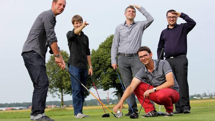 Der U35-Vorstadt gemeinsam am Start (v.l.): Cédric Meyrat (Captain), Jeffrey Melliger, Markus Brönnimann (Kassier), Martin Burkhalter (Präsident) und Marc Bärtschi.