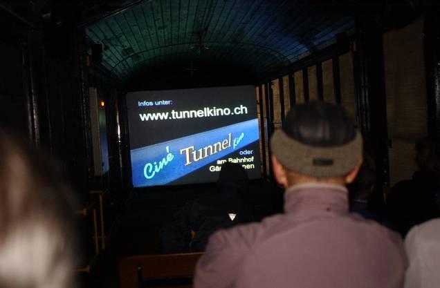 Durchblick im Tunnelkino