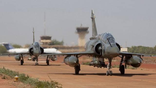 Französische Jets des Typs Mirage in Bamako