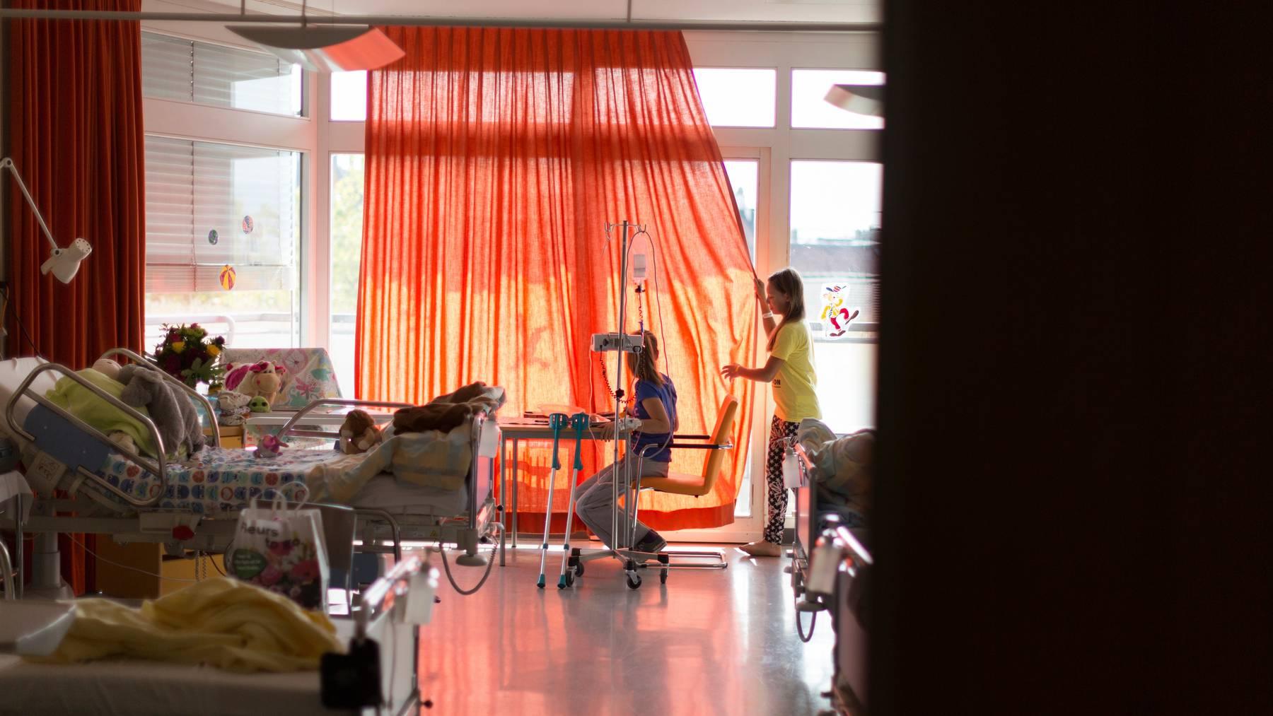 Fachkräftemangel: Das Universitäts-Kinderspital Zürich investiert mehr ins Personal. (Symbolbild)