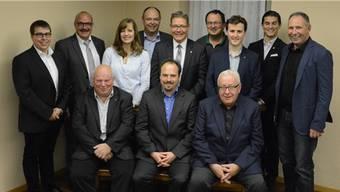Die Kandidierenden mit Regierungsrat Roland Fürst (Mitte, stehend) auf einen Blick; es fehlen Rea Meister, Nenad Skalonja und Moritz Segna.