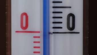 Zwei Extreme: Innert einer Woche gab es im Oktober einen Temperatursturz von 30 Grad. Der Herbst kam dabei nicht zum Zug. (Bild: Walter Schwager)