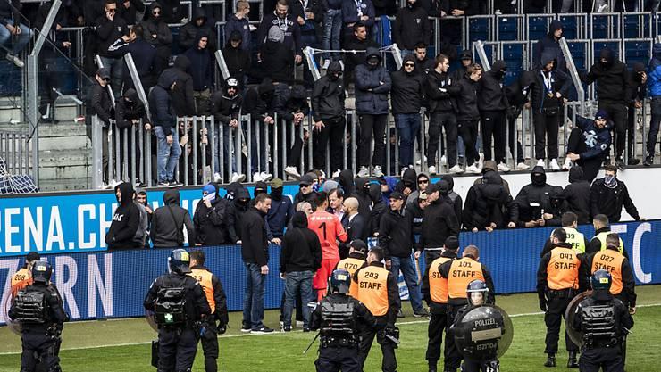 12. Mai in Luzern: GC-Chaoten erzwingen den zweiten Spielabbruch in dieser Saison