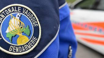 Die Waadtländer Polizei nahm nach einer Verfolgungsjagd in Vevey zwei Männer fest. Diese sind der Justiz wegen Diebstahls und diverser Drogendelikte bekannt. (Symbolbild)