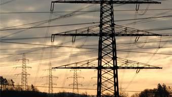 Über den Netznutzungstarif wird der Stromnetzausbau finanziert. Archiv