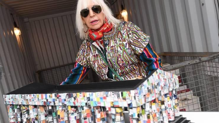 """Die argentinische Künstlerin Marta Minujin hat Grosses vor: In rund acht Monaten will sie an der documenta 14 ihr """"Parthenon of Books"""" präsentieren, ein Bauwerk aus verbotenen Büchern."""