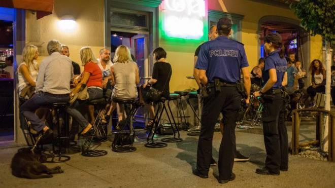 Auf Patrouille in der Churer Altstadt: Unterwegs mit Polizisten der Stadtpolizei. Foto: Sandra Ardizzone