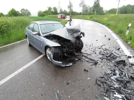 Beide Fahrer wurden verletzt.