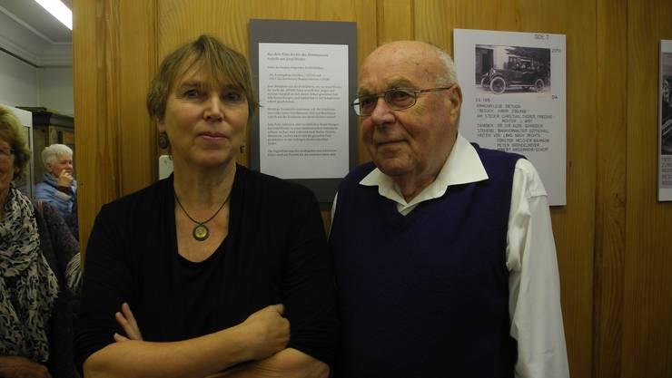 In der warmen Holzstube des Ortsmuseums liess der 90-jährige Willy Fäs im Gespräch mit Helene Arnet die Zeit nochmals aufleben, als Dietikon noch ein Dorf war.