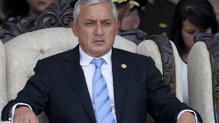 Guatemalas Staatschef Perez zunehmend in Bedrängnis: Die Justiz unternimmt einen weiteren Anlauf, die strafrechtliche Immunität des Präsidenten durch das Parlament aufheben zu lassen. (Archivbild)