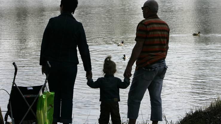 Immer öfter: Eltern, die eigentlich Grosseltern sein könnten. (Symbolbild)
