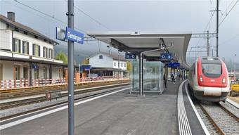 Wieder betriebsbereit für die Fernverkehrszüge: Das Mittelperron mit den Gleisen 3 und 4.