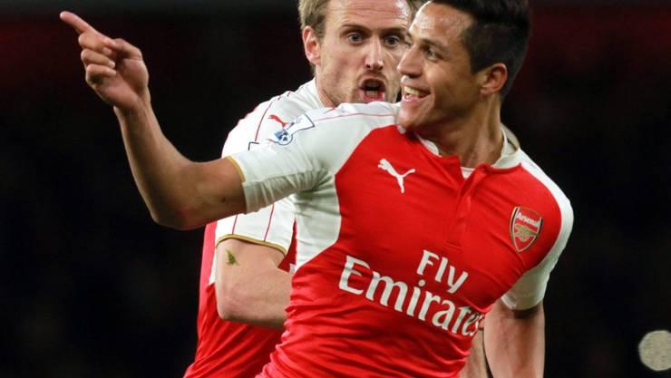 Alexis Sanchez jubelt nach seinen zwei Toren für Arsenal