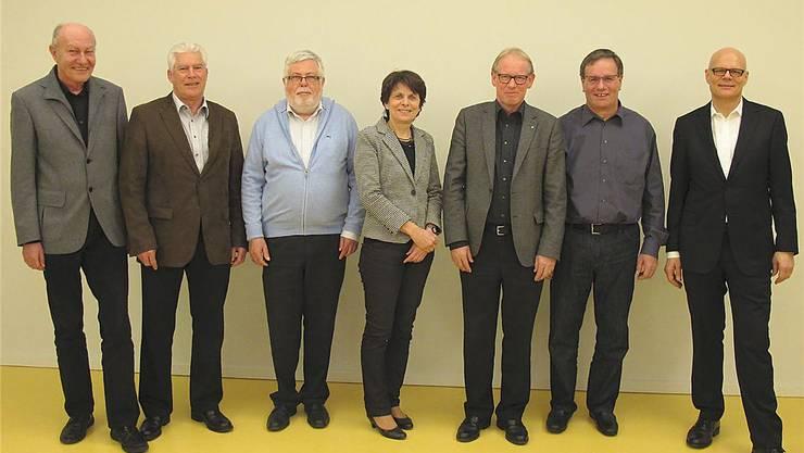 In dieser Konstellation kommen die Mitglieder des Planungsverbandes «Aarau Regio» nicht mehr zusammen: Rolf Arber, Beat Rüetschi, Jolanda Urech und Dieter Hauser hören auf. Nur Heinz Lüscher und Urs Affolter wollen weitermachen (v.l.).