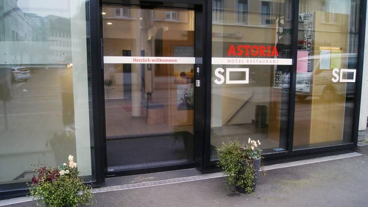 Der neue Eingang zum Hotel Astoria in Solothurn. Das Hotel wird Ende Januar 2020 geschlossen.