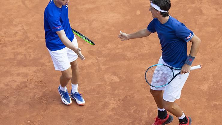 Jakub Paul (links) und Marc-Andrea Hüsler scheiterten im Doppel in den Halbfinals mit 4:6, 4:6