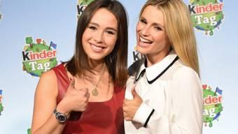 Werden oft in einen Topf geworfen: Aurora Ramazotti (links) und ihre berühmte Mutter Michelle Hunziker (Archiv).