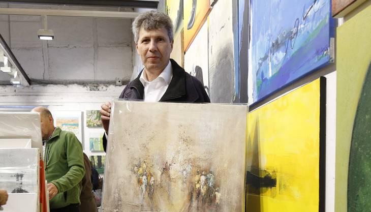 Jürg Bösiger aus Münsingen suchte etwas für seine Arztpraxis und wurde fündig. «Ein Bild in hellen Farbtönen muss es sein.» Er suchte vorher im Internet nach dem passenden Künstler und entschied sich für dieses Bild von Soraya Hamzavi Luyeh.
